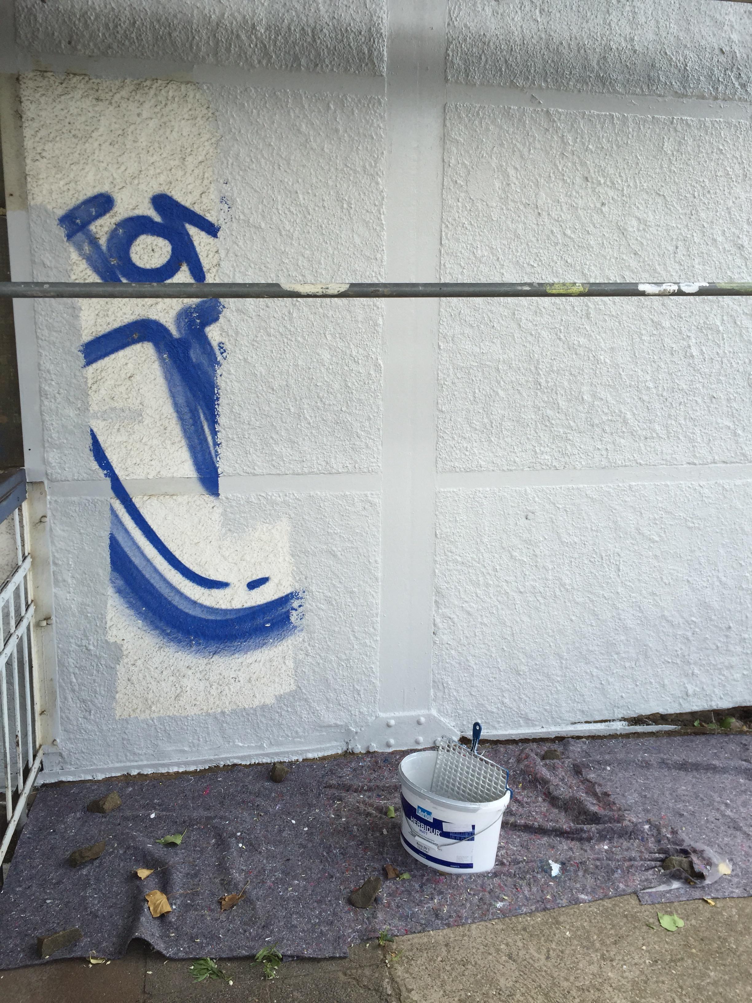 Darmstadt Eberstadt Graffitis entfernt und Teile des Bahnhofs verschönert