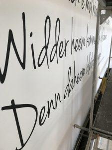 Bad Kreuznacher Mundart auf der Fassade